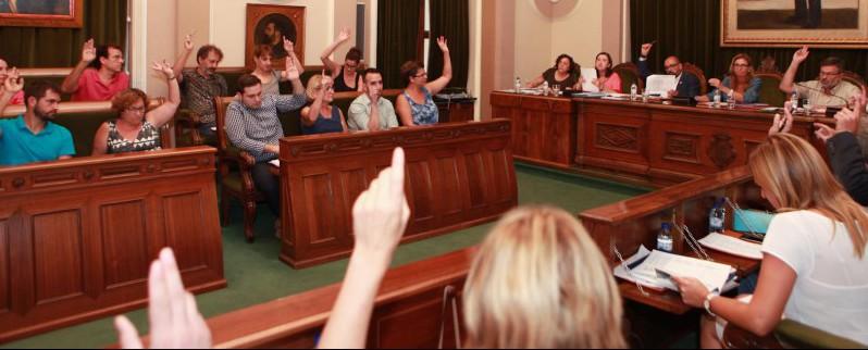 El Govern Municipal Prioritza L'acord Amb El PP Abans Què El Diàleg Amb Castelló En Moviment