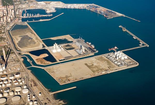 La Necessitat D'una Gestió Transparent Del Port I De La Elaboració D'estudis Tècnics De Viabilitat A L'hora D'apostar Per Noves Infraestructures