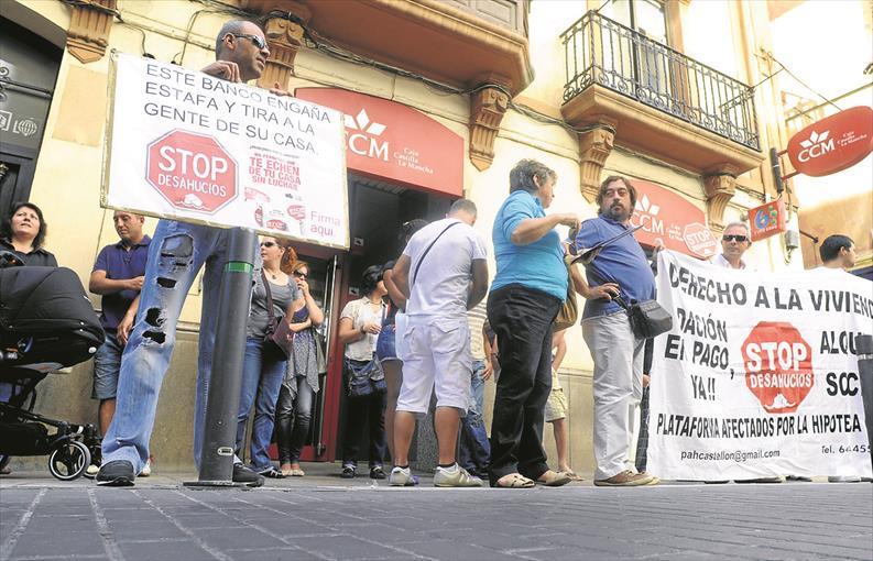 """""""Abans El PP Que Quinze Dies De Diàleg"""" Article D'Anna Peñalver"""